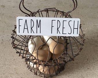 FARM FRESH mini block sign