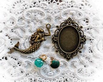 Reneabouquets Mermaid Trinkets 4 Pack~ Choose Your Color Mermaid Teal, Ocean Blue or Mystical Purple