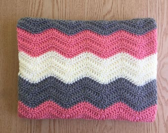 Pink and Gray Crochet Baby Blanket/ Chevron Baby Blanket/ Ripple Baby Blanket/ Baby Girl Crochet Blanket/ Pink Baby Blanket
