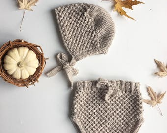 Baby bloomers, bloomers, baby bonnet, gift for newborn, knited clothing for baby