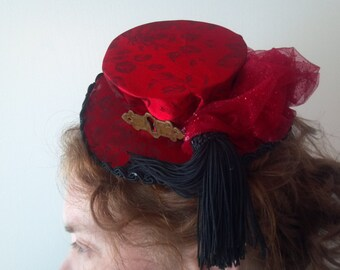 steampunk saloon girl burlesque red mini top hat