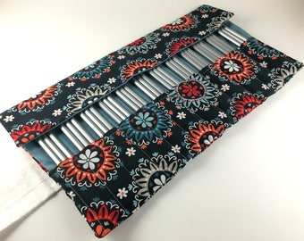 36 Pencil Roll, Navy Flower Fabric, Holds Up to 36 Pencils, Pencil Wrap, Colored Pencils, Pencil Case, Pencil Organizer, Pencil Mat