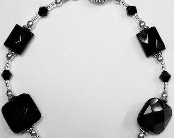 Onyx stone, Bali and Sterling silver beaded bracelet