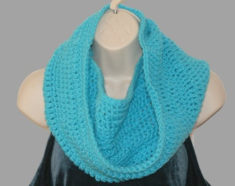 Cowl Scarf, Circle Scarf, Teal Crochet Cowl, Winter fashion neckwarmer, Turquoise scarf, Blue Hooded Scarf, Eternity Scarf, Infinity Cowl