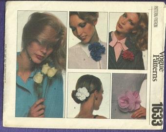 jaren 1970 Vogue 1633 stof bloemen patroon het perfecte accessoire gedeeltelijk knippen