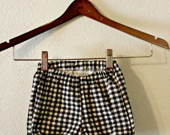 Black Gingham  Baby Bloomers/ Baby Shorts/ Diaper Cover/ Baby Bloomer/ Baby Girl Bloomers/ Toddler Bloomers/ Photo Prop/ Diaper Covers