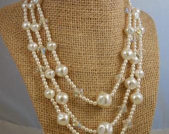 Vintage Bridal Pearl Aurora Borealis Crystal Beaded Necklace