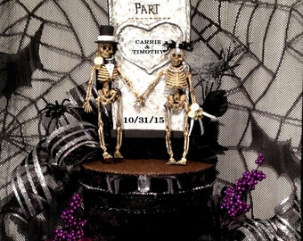 Skull wedding centerpiece,Goth,black wedding dress,skeleton bride and groom,halloween wedding,tombstone,personalized,custom,goth,decoration