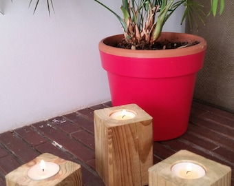 Set of 3 6/8/10 cm square wooden candle holders
