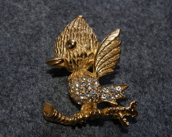Unmarked Figural Gold Tone Bird On A Branch Pin Or Brooch With Rhinestones
