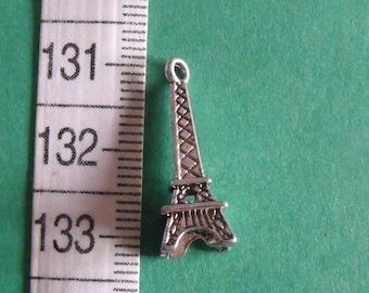 2 pendants silver charm Eiffel Tower 24mmx8mm