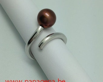 Ring 'Hundertwasser' in silver with chocolate pearl and diamant