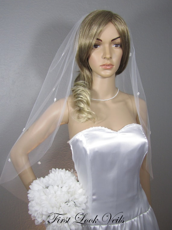 White Veil, Lace Wedding Veil, Bridal Veil, Hip Veil, Floral Veil, glass beads, Vail, Bridal Attire, Bridal Accessory, Bridal Accessories