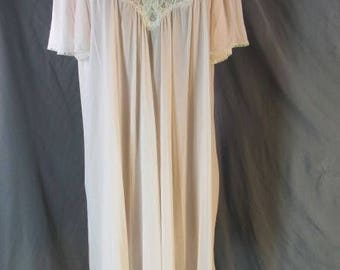Vtg Miss Elaine Pink Blush Nylon Lace Midi Nightgown  V Neck Gathered Short Sleeves Swing