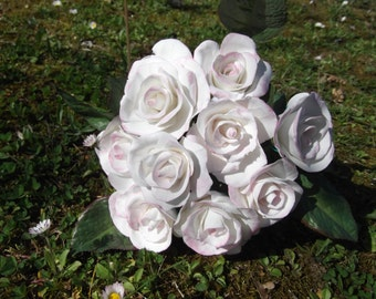 Wedding bouquet Lord porcelain cold, customizable, model hand petal by petal, featherweight.