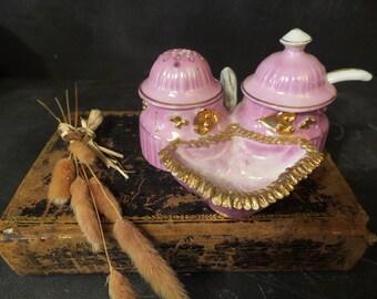 French vintage salt and pepper cellar .Condiment set . Pink.Hollywood regency