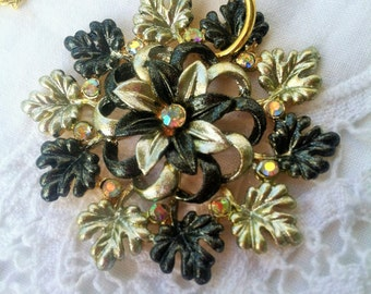 Green, Gold, and Rhinestone Flower Necklace