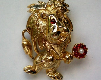 Gerry's Lion with Flower Pin - 4408