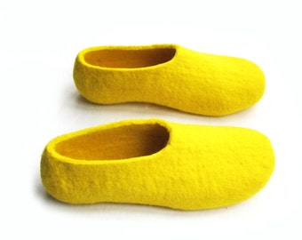 Yellow Felt Slippers - Wool Shoes - House Shoes - Color Blocking - Christmas in July - Womens Shoes - Rubber Soles - Mothers Day Gift