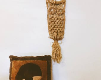 Vintage 1960s 1970s Macrame Owl Wall Hanging / Hippie / Bohemian Home Decor