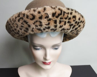 Vintage 1960's Hat//Faux Leopard Brim// Garden Party//Mad Men//60s Hat//Rockabilly//Garden Party//Femme Fatale//Doeskin Felt