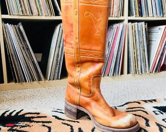 70s tan frye campus boots with deer head stitching size 7 1/2