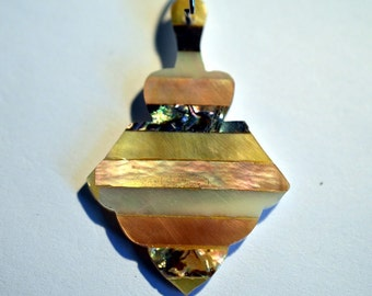 Vintage Mother of Pearl and Abalone Shell Intarsia Pendant (1060400)