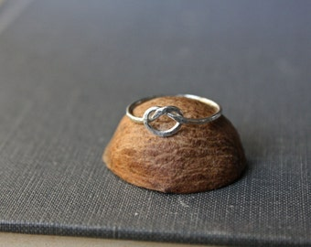 Hammered Knot Ring - Forget Me Knot - Argentium Silver Jewelry - Hypoallergenic