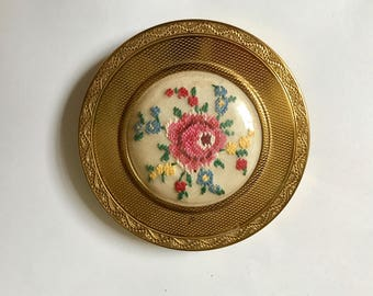Vintage Powder Compact, Petit Point Embroidered Flowers Mascot Compact, 1950's, Puff And Sifter, Wedding, Gift