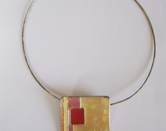Geometric necklace 90s jewellery