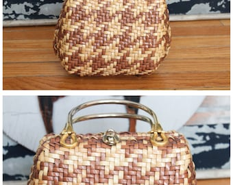 1960s Handbag // Woven Straw Gloss Handbag // vintage 60s purse