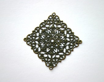 8 - Diamond Filigree Lightweight Metal Earrings Antique Bronze 55mm x 55mm Paintable Component Vintage Jewelry