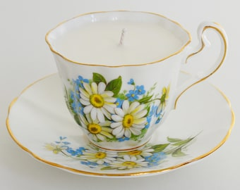 Daisy Vintage Teacup Candle