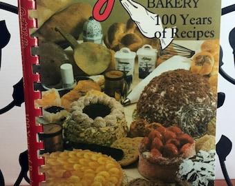 Gottlieb's Bakery 100 Years of Recipes C.1987 Cookbook Gottlieb's Bakery Savannah, GA