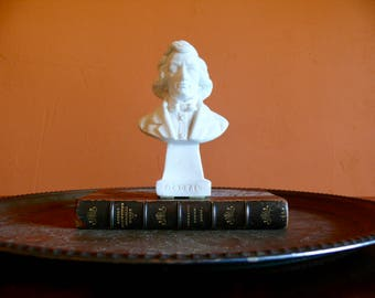 """Frederic Chopin Bust Statue, 6"""" White Plaster Composer Figurine, Music Room Decor, Classical Music Gift, Office Home Desk Shelf Decor"""