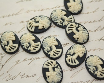 Skeleton lady cameo cabs. Skull day of the dead lolita 18x13mm - 10 PIECES