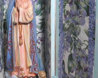 Vintage Blue Shrine/Niche/Alter Shadow Box of the Blessed Virgin Mary Statue & Angel