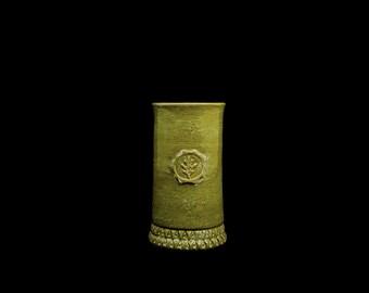 Stoneware Oak Leaf Cup