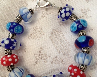 Patriotic Lamp work Beaded Bracelet