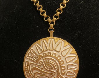 Vtg Trifari 1970s Aztec Mayan Whitewash Over Gold Runway Pendant Necklace