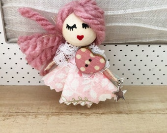 Brooch doll with Star