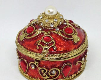 Vintage Round Rhinestone Pearl Box, Red Enameled Jewelry Box, Decorated Pill Box, Vanity Jewelry Box, Bling Trinket Box, Ring Box