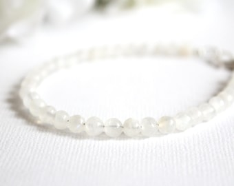 Fertility Crystals Moonstone Crystal Bracelet, White Moonstone Bracelet, Fertility Bracelet, Pregnancy Jewelry