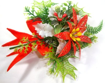 Vintage 1960's Christmas Corsage, Poinsettia  (579-13)