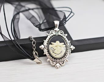 Dragonfly Necklace, Dragonfly Cameo, Cameo Necklace, Black Cameo Necklace, Black Necklace, Cameo Jewelry, Flower Cameo, Dragonfly, For Her