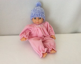 "Doll/preemie hat 81/2"" hd."