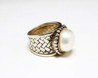 Sterling Basket Weave Ring - Sterling Silver & Pearl Glass Bead - Cigar Band Ring - Wide Band Ring - Size 6 - Modernist Retro Vintage