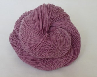 Hand dyed sock wool in soft pink Mabel 75 SW BFL 25 nylon yarn indie dyed