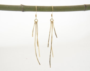 hummered wire dangle earrings, forged earrings, party, night out, trendy, simple