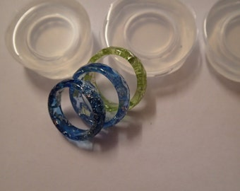 Faceted ring clear silicone mould for resin jewellery. Set of 5 sizes